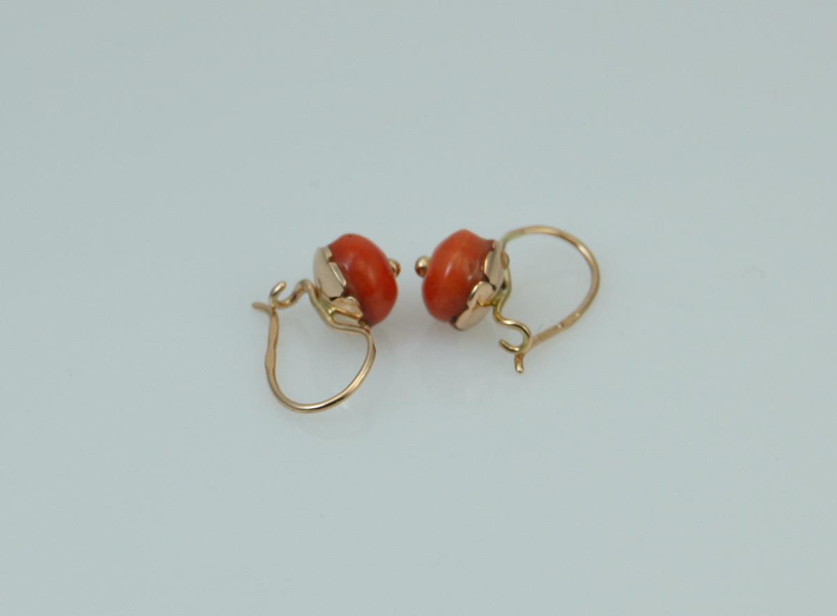 f15b0b6fa7748d Kolczyki złote wiszące z koralem - Biżuteria antykwaryczna