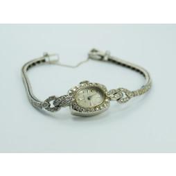 Zegarek Biżuteryjny złoty wysadzany Diamentami